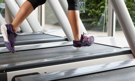 Treadmills vs Running – 7 Factors to Consider [Infographic]
